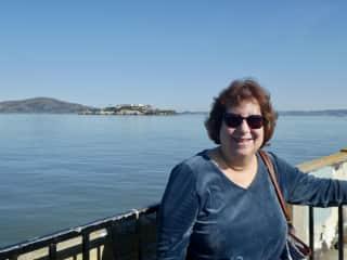 Rosalyn in San Francisco -- I love to travel!
