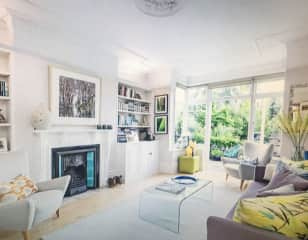 Living/Garden room to the rear