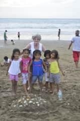 Volunteering in small fishing village in Ecuador
