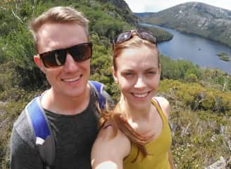 Ryan and Jess on Tasmania hikes