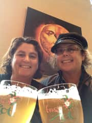Ronette & Niki, Brewery tour Bruges