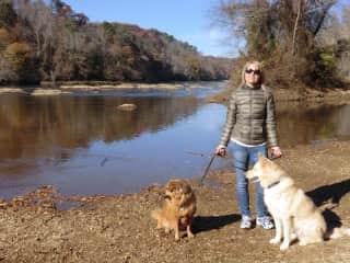 Great walk on Chattahoochee River Atlanta