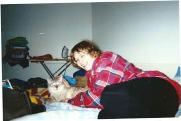 My Tom Cat, now deceased, sadly but he did live to the ripe old age of 17 and three quarters...
