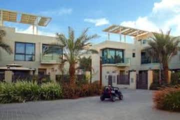 The individual villa's