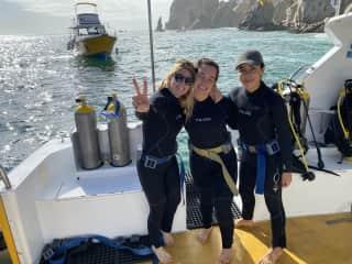 I'm a advanced scuba diver, love underwater friends!