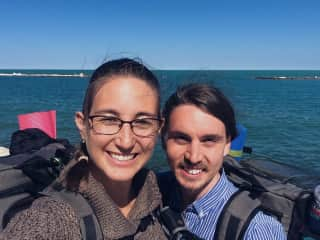 Courtney & Stephen backpacking in Italy