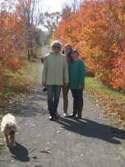 Janice, her daughters and Scooter enjoying fall colours
