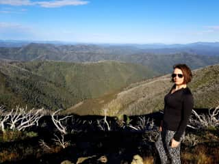 Almost at the top of Mt Feathertop in Alpine Victoria