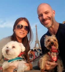 Snowball and Chico showing us around in Paris
