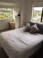 Master bedroom *ensuite