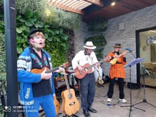 I have been playing in a band this past 2 years called The Kokopelli Moonlighters. I'm at a gig at Serafina's restaurant in Cuenca with Michael Wanner and Karen Lynn Kennedy.