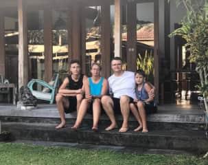 Our family: Ben, Nicole, Sasa and Martin Ebach