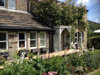Hepworth Cottage