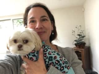 Rosanne sending picture to owner  Love the sweater :)