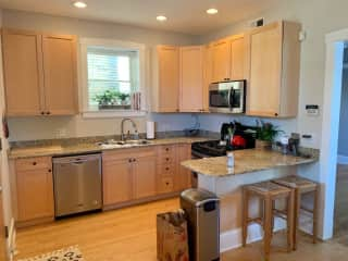 Updated kitchen with new appliances - and all the cooking appliances/utensils you could ever need