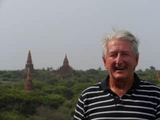 self in myanmar-bagan.