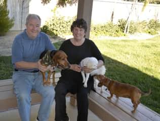 David, Linda, Mac the dog and cousin doggies