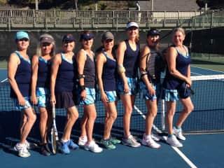 Suzanne's tennis team - 2018