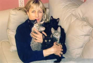 Karin and some foster kittens a few years ago