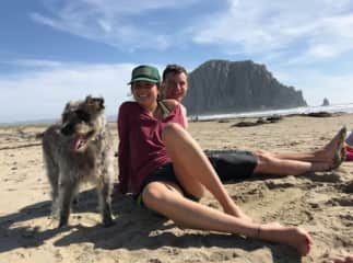 Sam and Hanah take Lamb to the beach.