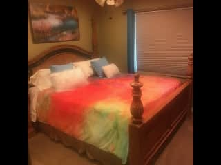 Guest bedroom with Calif. King size bed