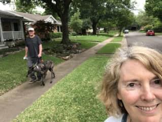 Walking Elke, a Trusted Housesitters stay in Dallas.