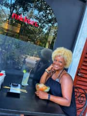 Tulum, MX ~ the picky eater found a sushi restaurant that brought a smile to her face . . . and her stomach.