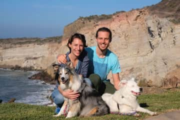 Celebrating Christmas in Mexico with Ellie and Bodhi, our lovely Aussies