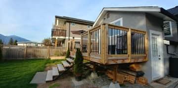 Deck & yard