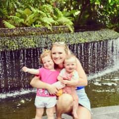 Hayley, Isla and Saya Stainton