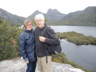 Hiking around Cradle Mountain Tasmania