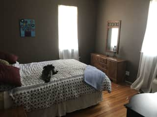 Upstairs guest bedroom (just off kitchen)