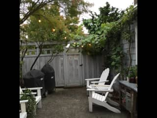 Private Patio - BBQ, Picnic table  Feel free to garden, hangout or cook.