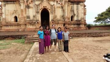 exploring Bagan & making new friends