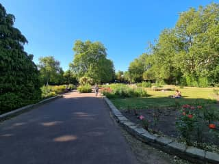 Local garden square (public access)