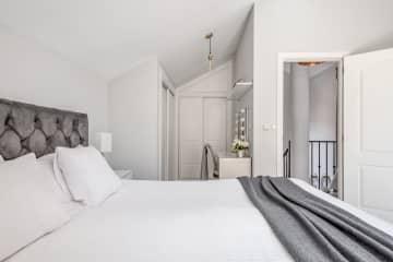 Bedroom nr 1 on the second floor with en-suite bathroom
