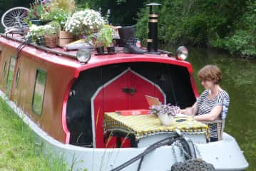 A few years ago, on my beautiful narrowboat