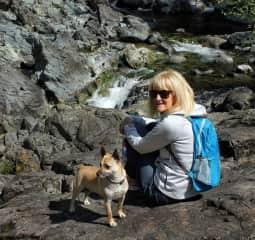 Karen and Frida, hiking near Sooke.