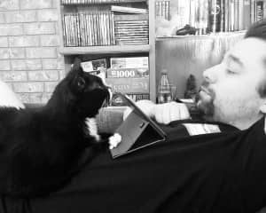 Moe loves when Tom reads to him
