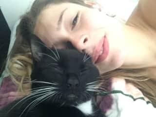 Morning cuddles with Paka