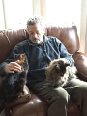 Ken, Maddie and Duran....cat sitting Whidbey Island WA Jan. 2018
