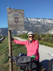 Robyn cycling in Italy