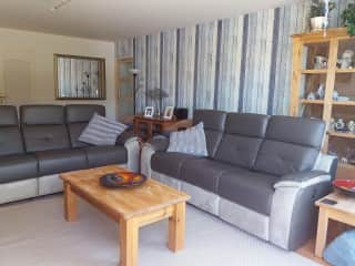 The lounge with recliner settees