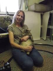 Eija and a Fukushima rescue cat.