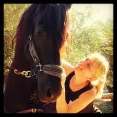 Elke and Lluna, my friends horse