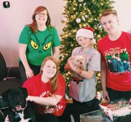 Christmas fun with my oldest niece & nephews and their family dogs Leo & Polo
