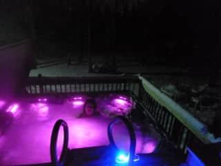 Rear deck hot tub open year round!