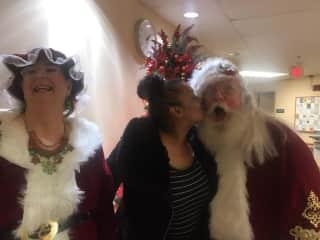 Kissing Santa!!