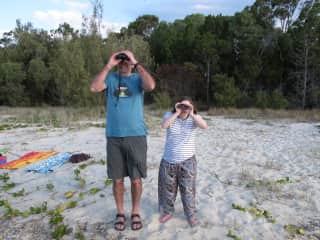 Bas and our daughter Manon birdwatching in Queensland