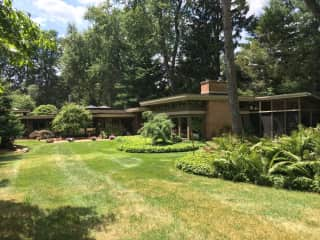House / Yard